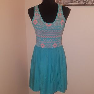 Stitch Fix Sky's are Blue native design dress. Med